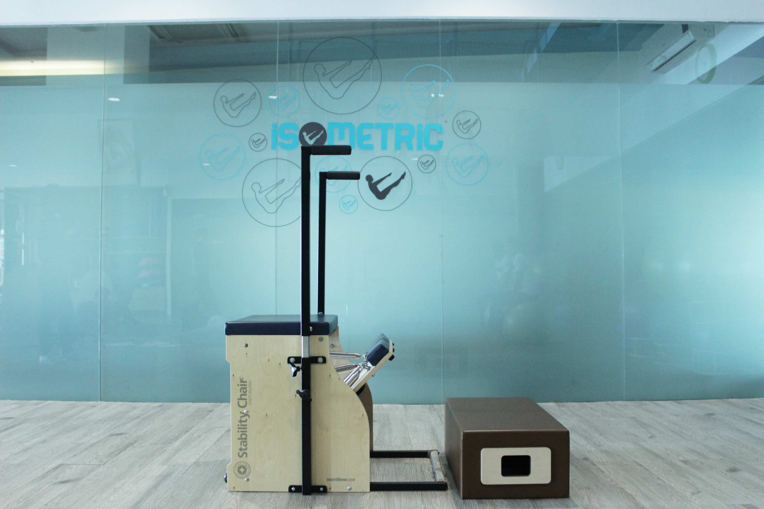 Gerakan Pilates! Foot Press On Long Box!